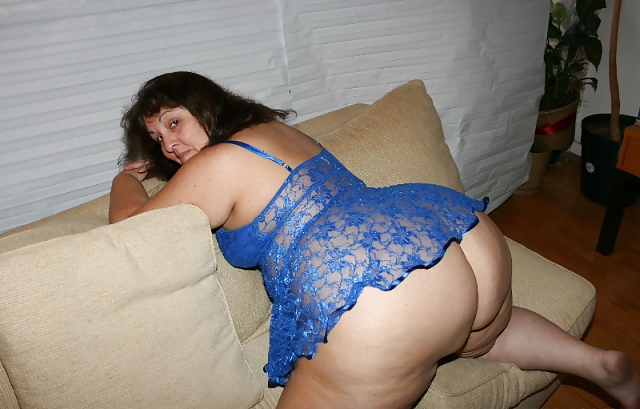 Mature ass blue dress
