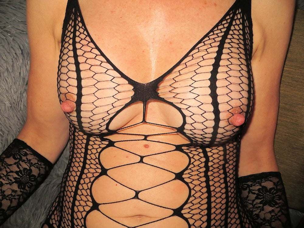 Hard nipples - 15 Pics