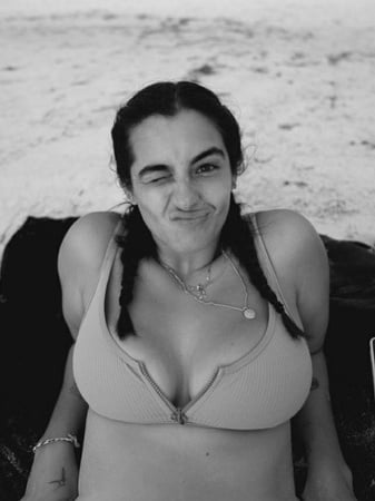 Alanna masterson boobs
