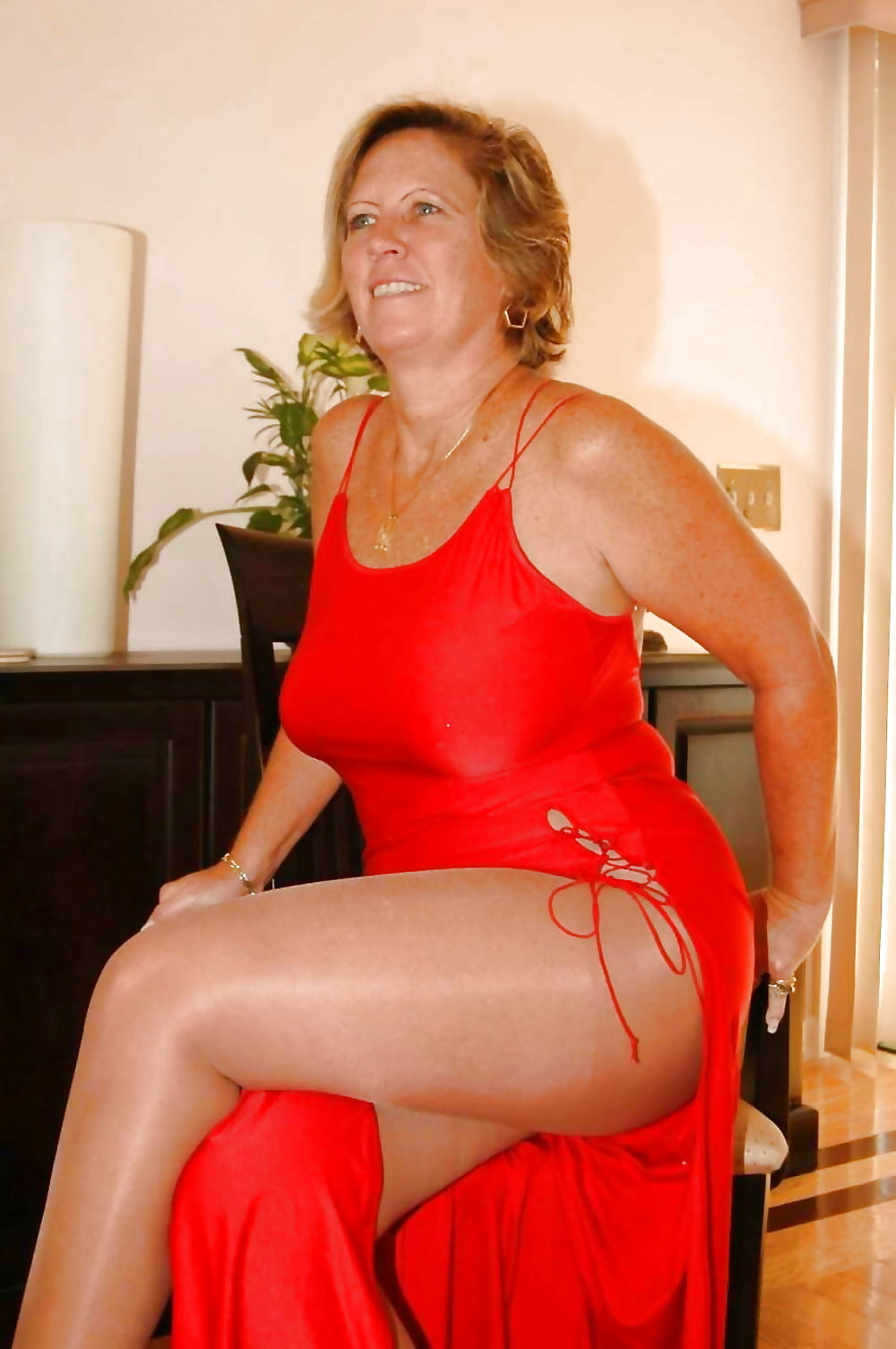 mature-women-daily-pictures