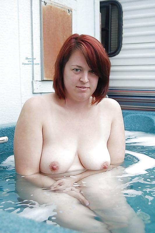 tub Chubby hot