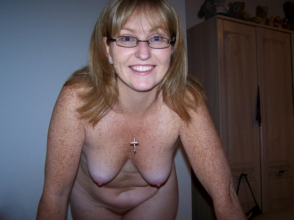 freckled-mature-nude