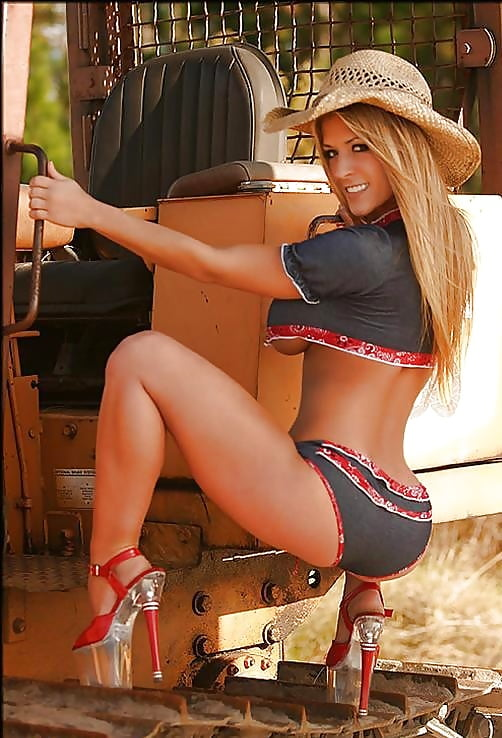 sexy-naked-women-country-girls