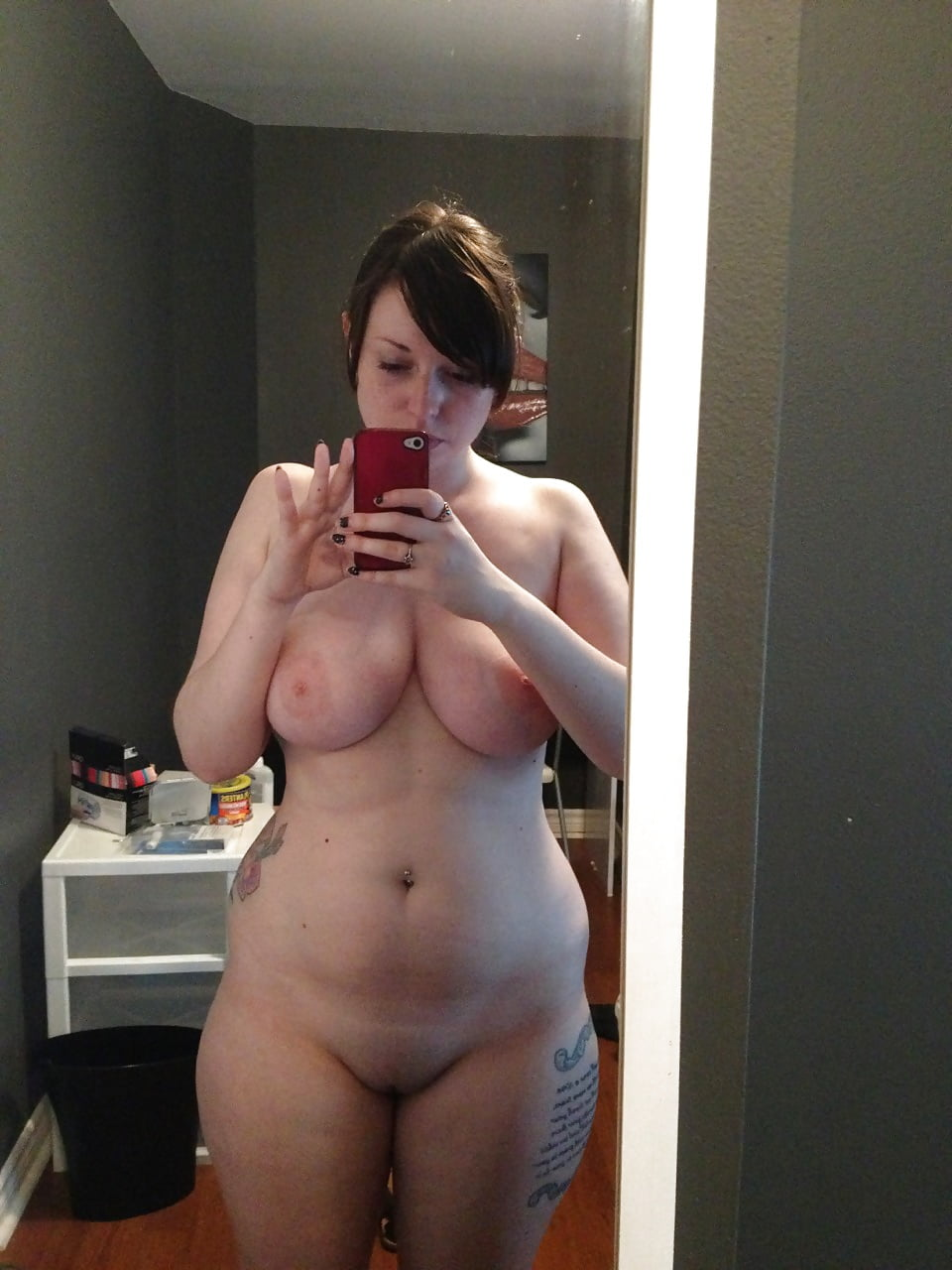 Nude mature bbw self pics, erotic nude party