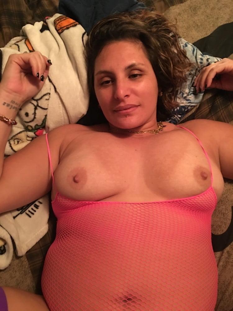 Horny babe - 101 Pics