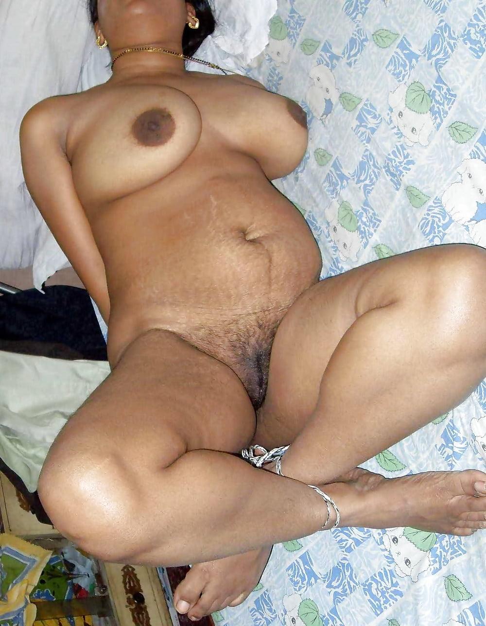 Free pussy of bengali boudi — pic 14