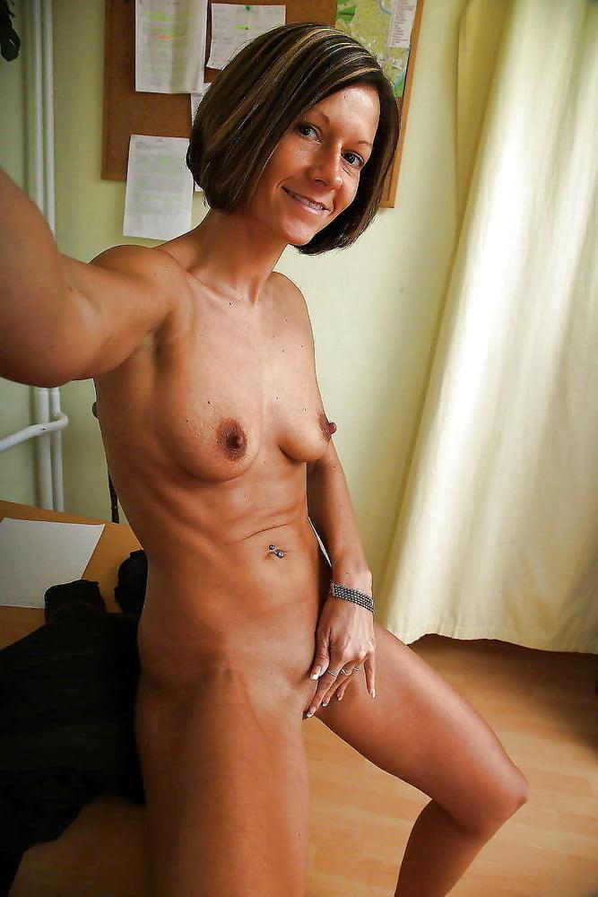 amatuer-fit-mature-women-nudes
