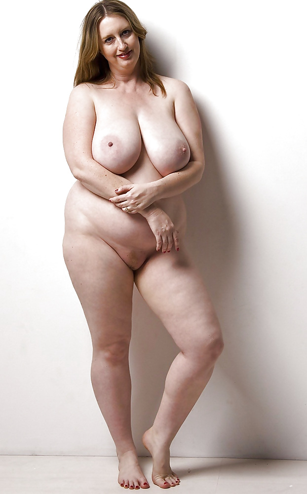 Sexy plump naked women