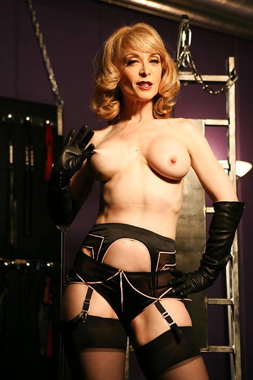 Nina Hartley Lesbian Milf