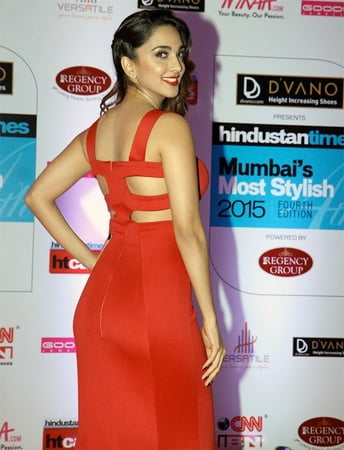 Kiara Advani Sizzles in Red