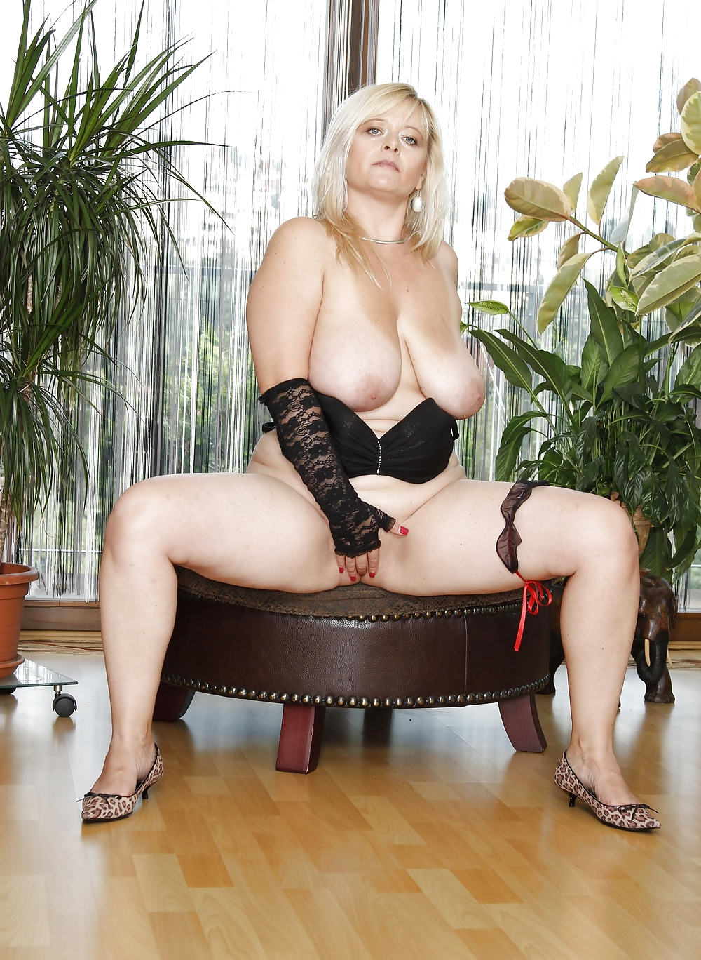 Mature women in underwear porn