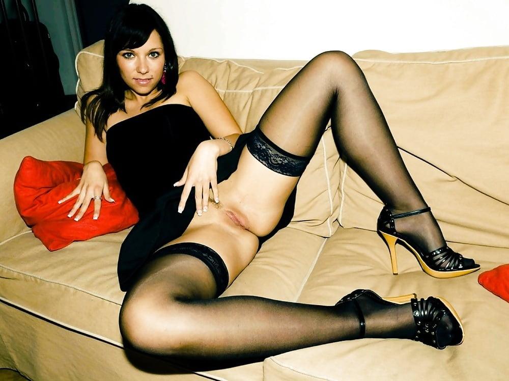 Nude Amateur Milf Stockings