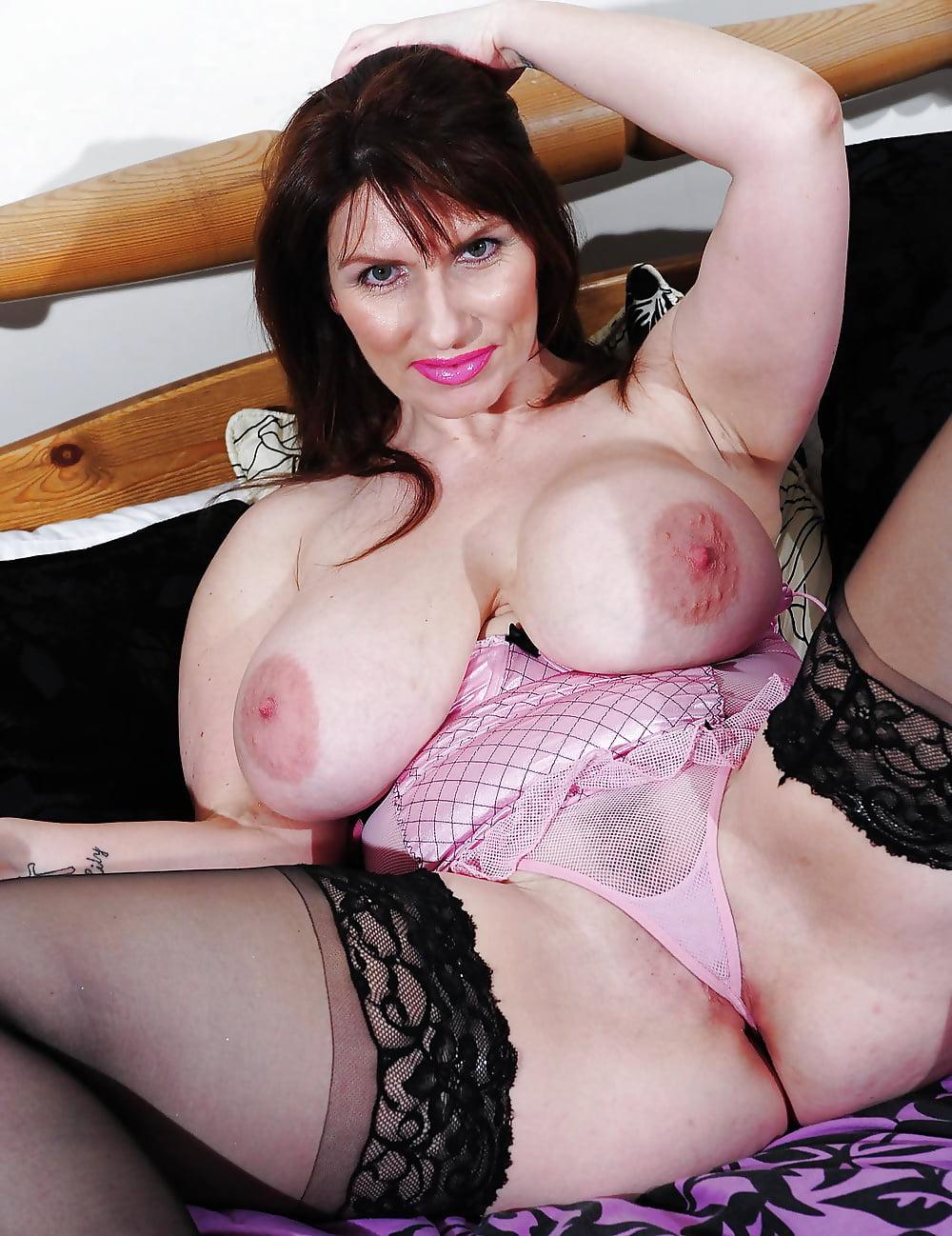 Uk mature boobs