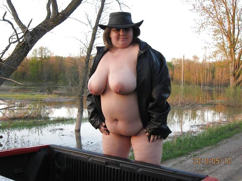 Naked redneck sluts naked pics