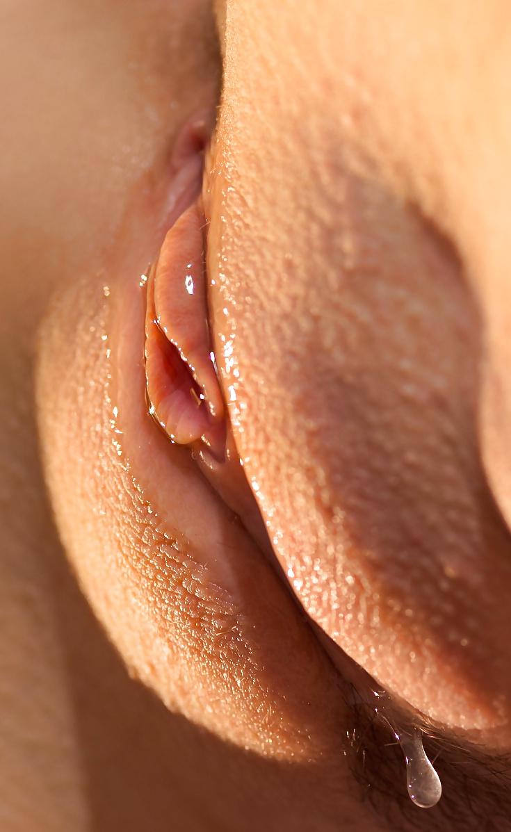 ochen-mokraya-vagina-krupnim-planom