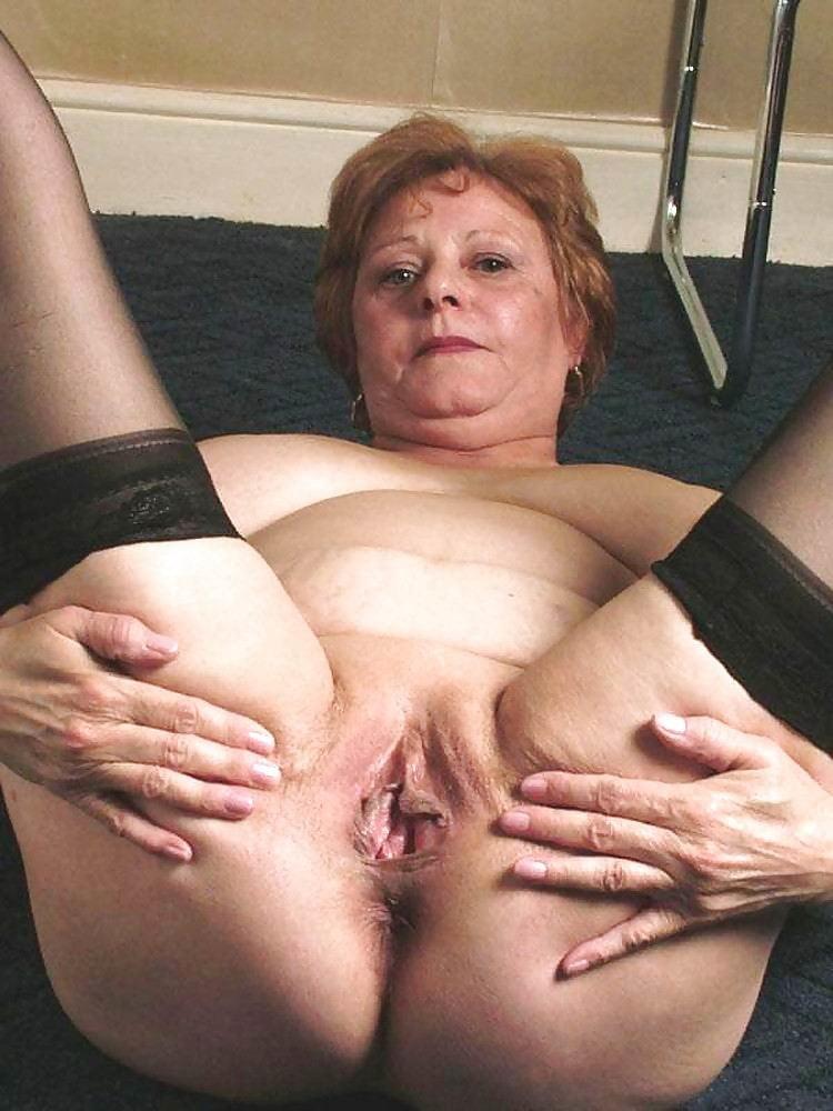 free-thumbs-granny-pussy-slut-whore-wife-fuck-neighbor-boy