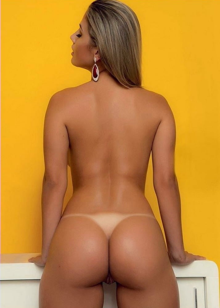 Butt naked girls tanlines, amateur allure star wars