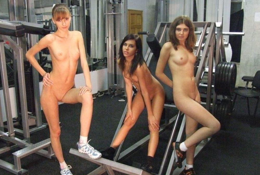 Naked mature home gym