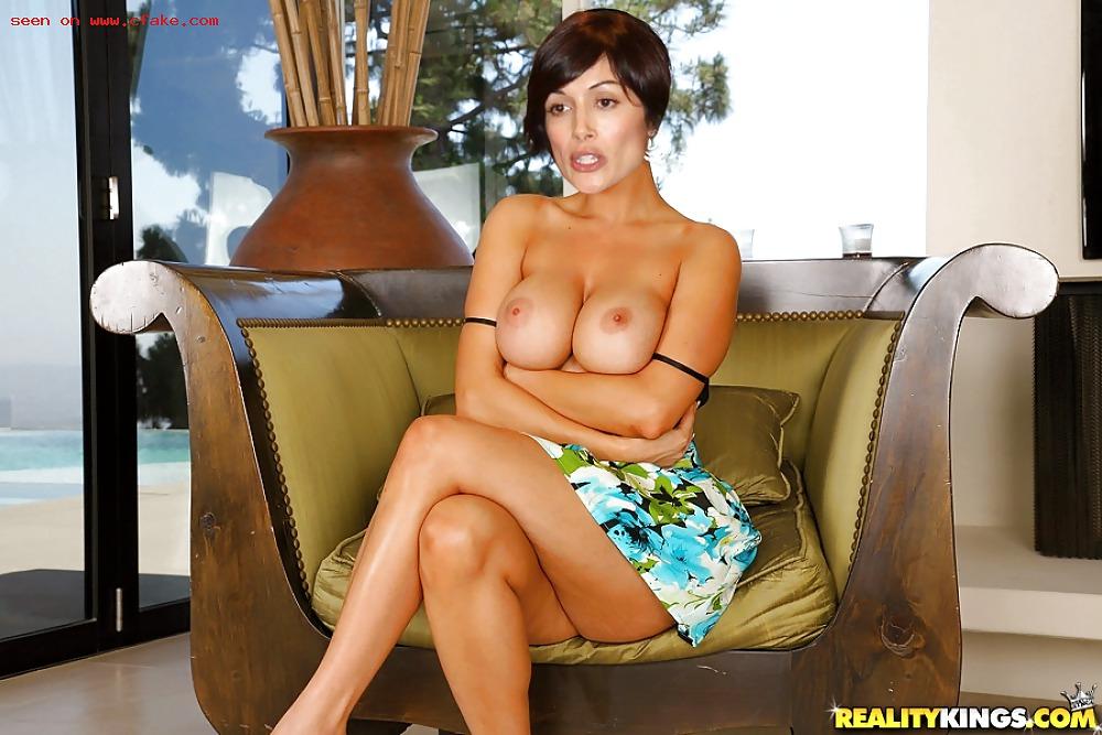 Topless model takes on berlusconi