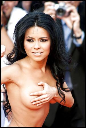 Inna topless