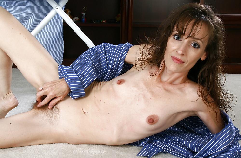 Old naked skinny women