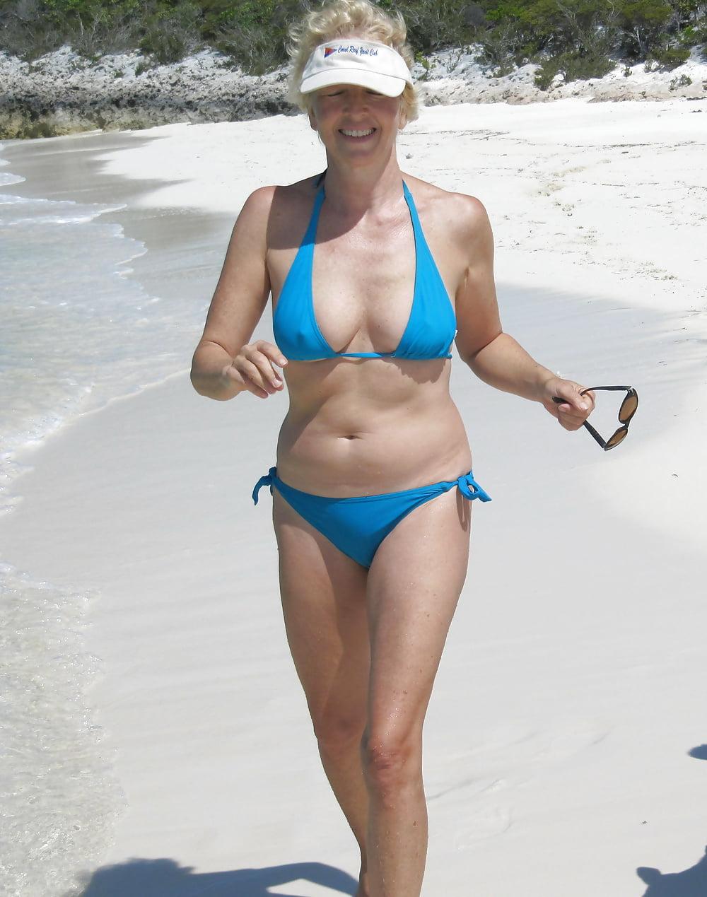 wife-in-a-bikini-amazing-dutch-woman-nude