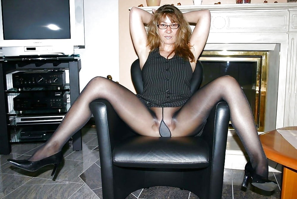 Sexy mature women in panty hose, free nude sex change pictures