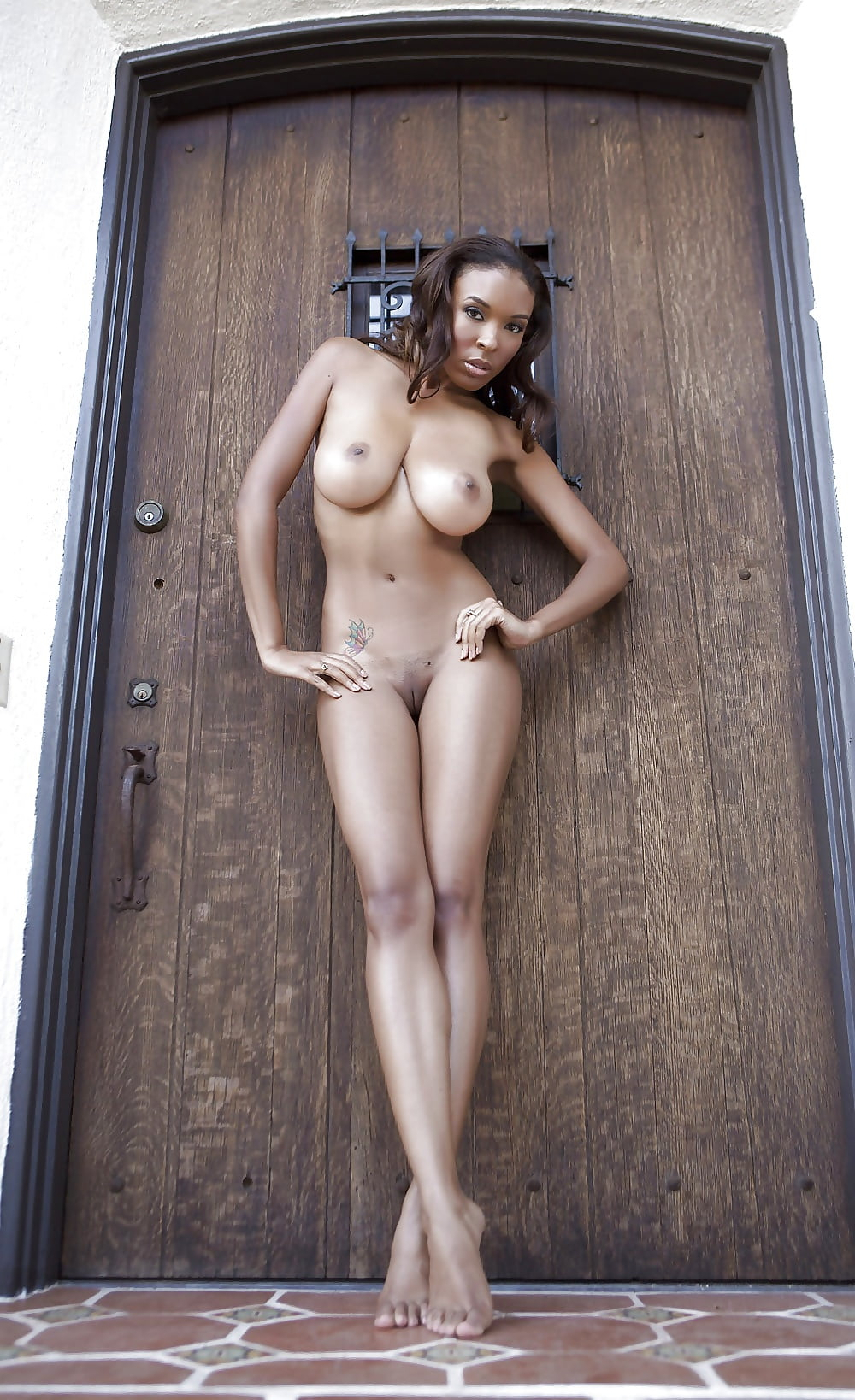 Young ebony naked-5308