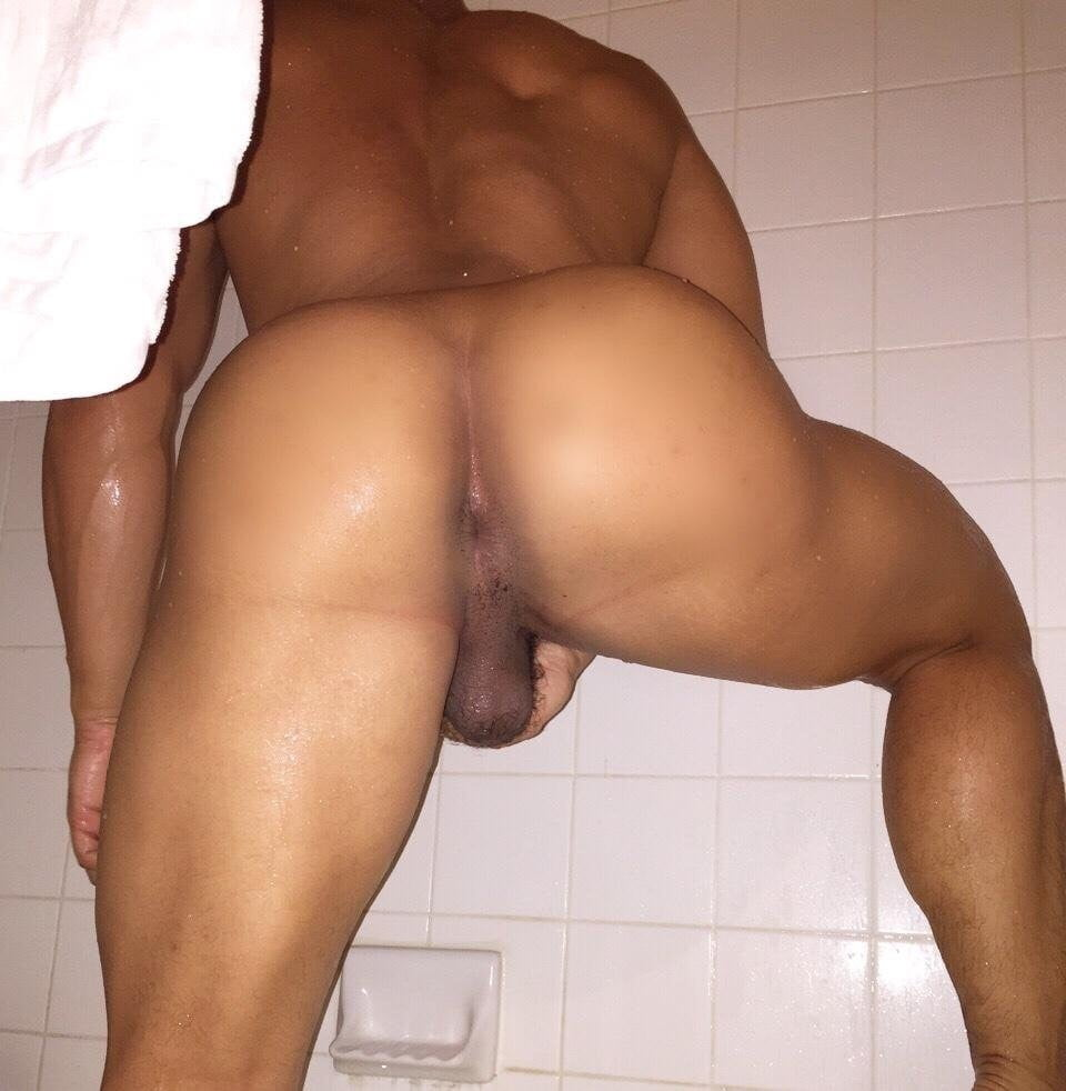 Naked arab man ass