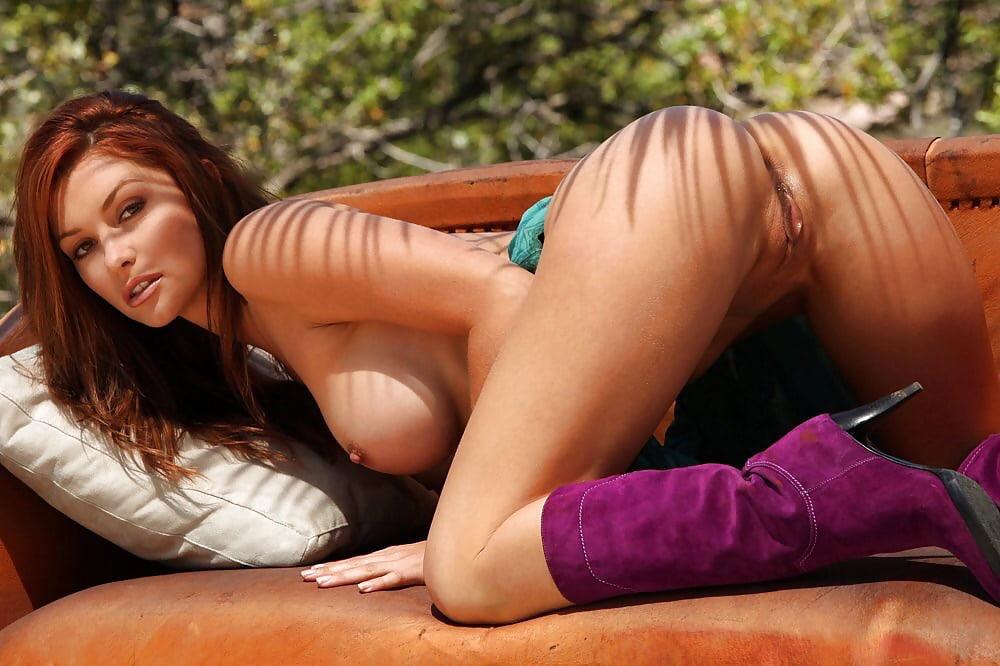 Hot naked tattooed women-4725
