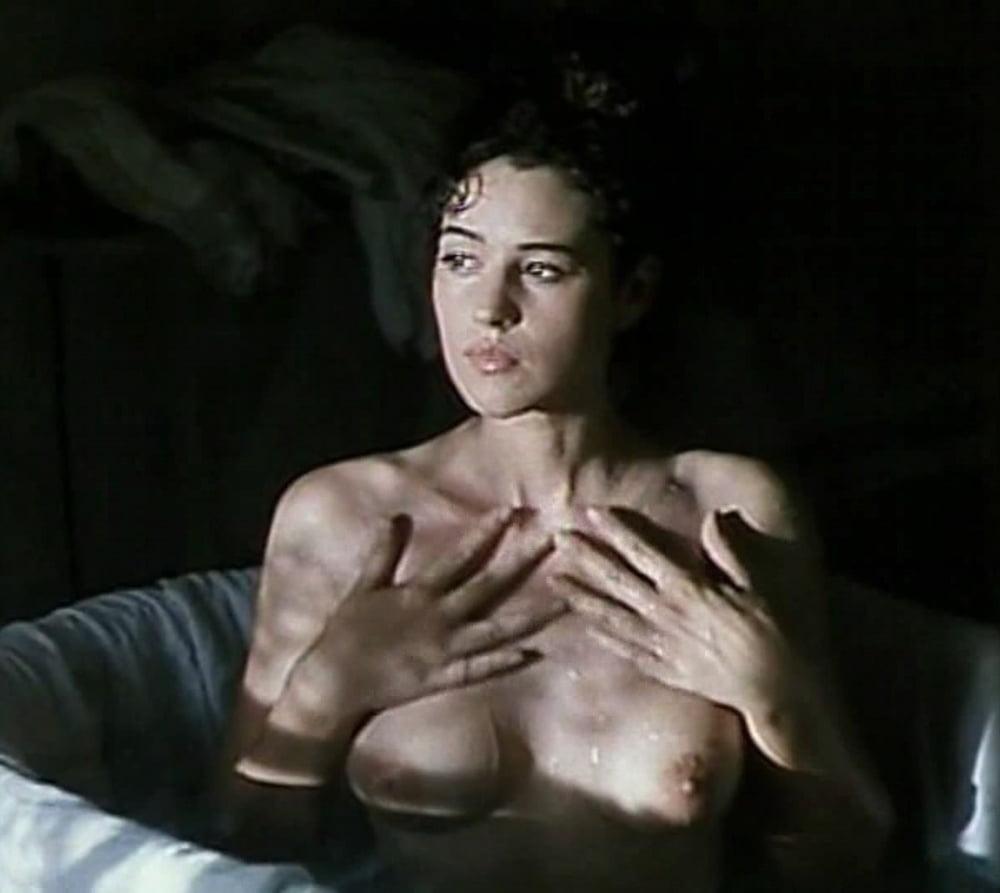 Monica bellucci hot in wild blood sanguepazzo picture