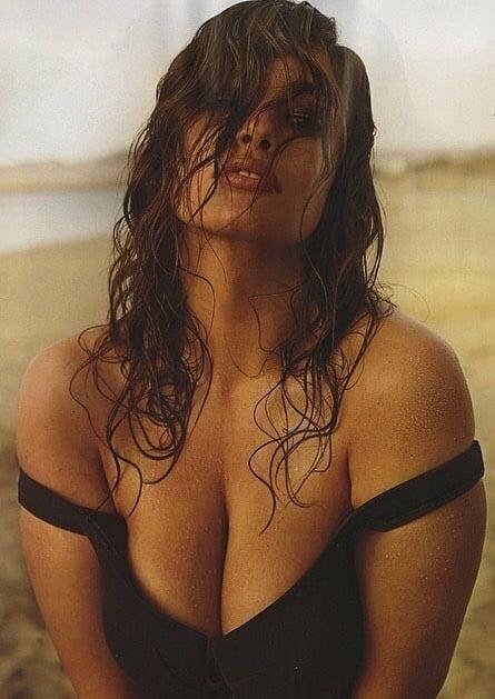 Nude photos of ashley graham
