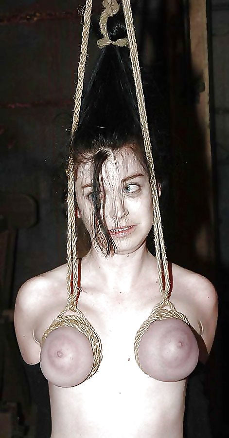 video-girl-suspended-by-breasts