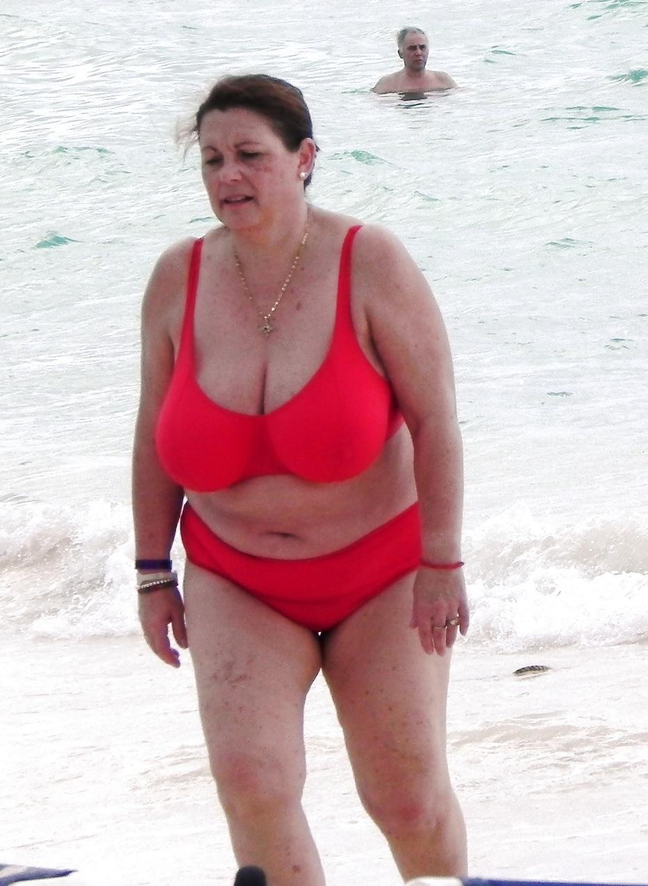 Beach mature boobs