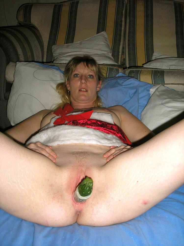YOUR WIFE STUFFING HER HOLE - 76 Pics
