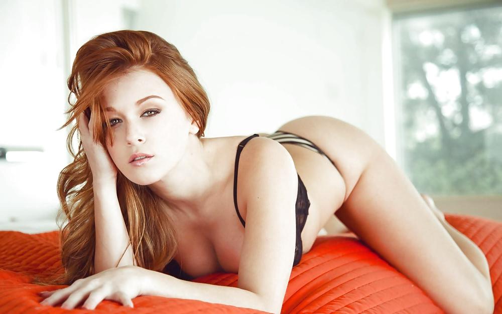 call-girl-erotic-jennifer-lothrop-cameltoe