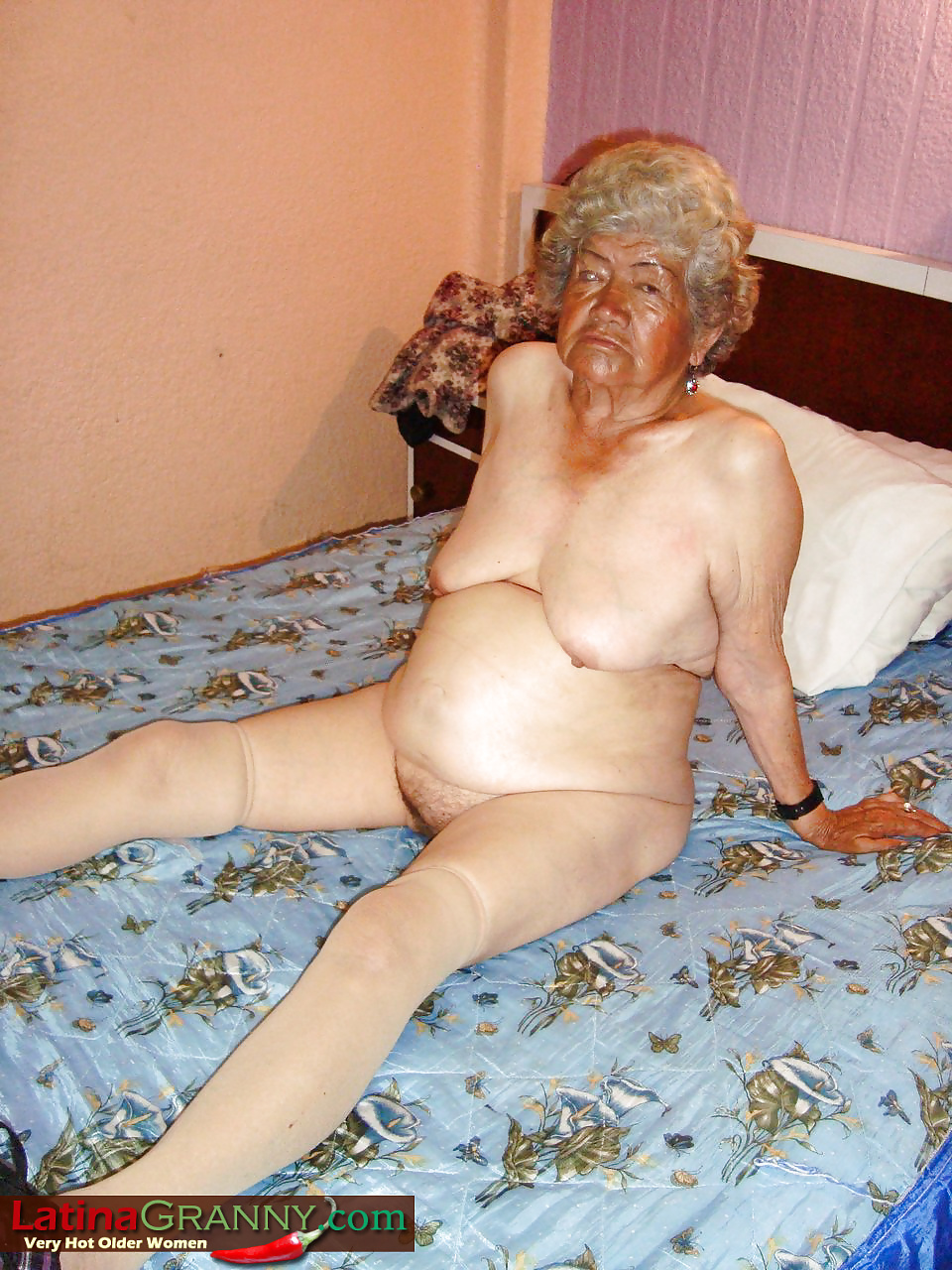 Very Old Naked Granny - 15 Pics - Xhamstercom-9995