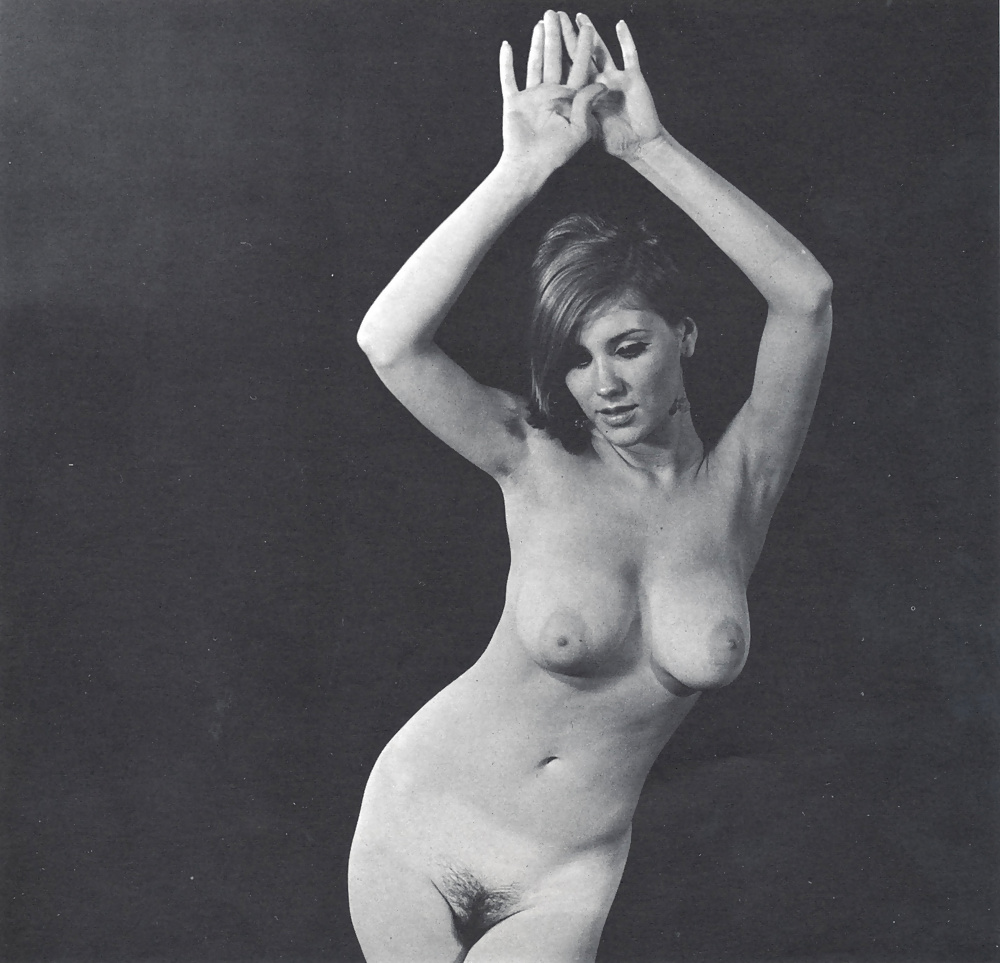 Vintage Busty Nude Models
