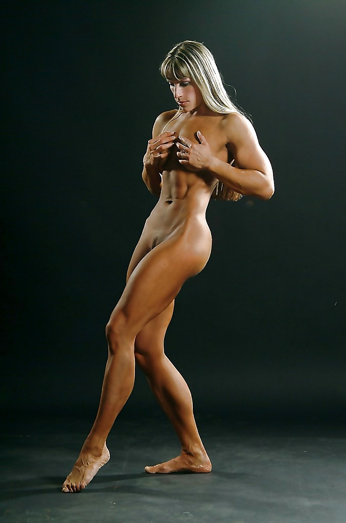real-muscle-babes-naked