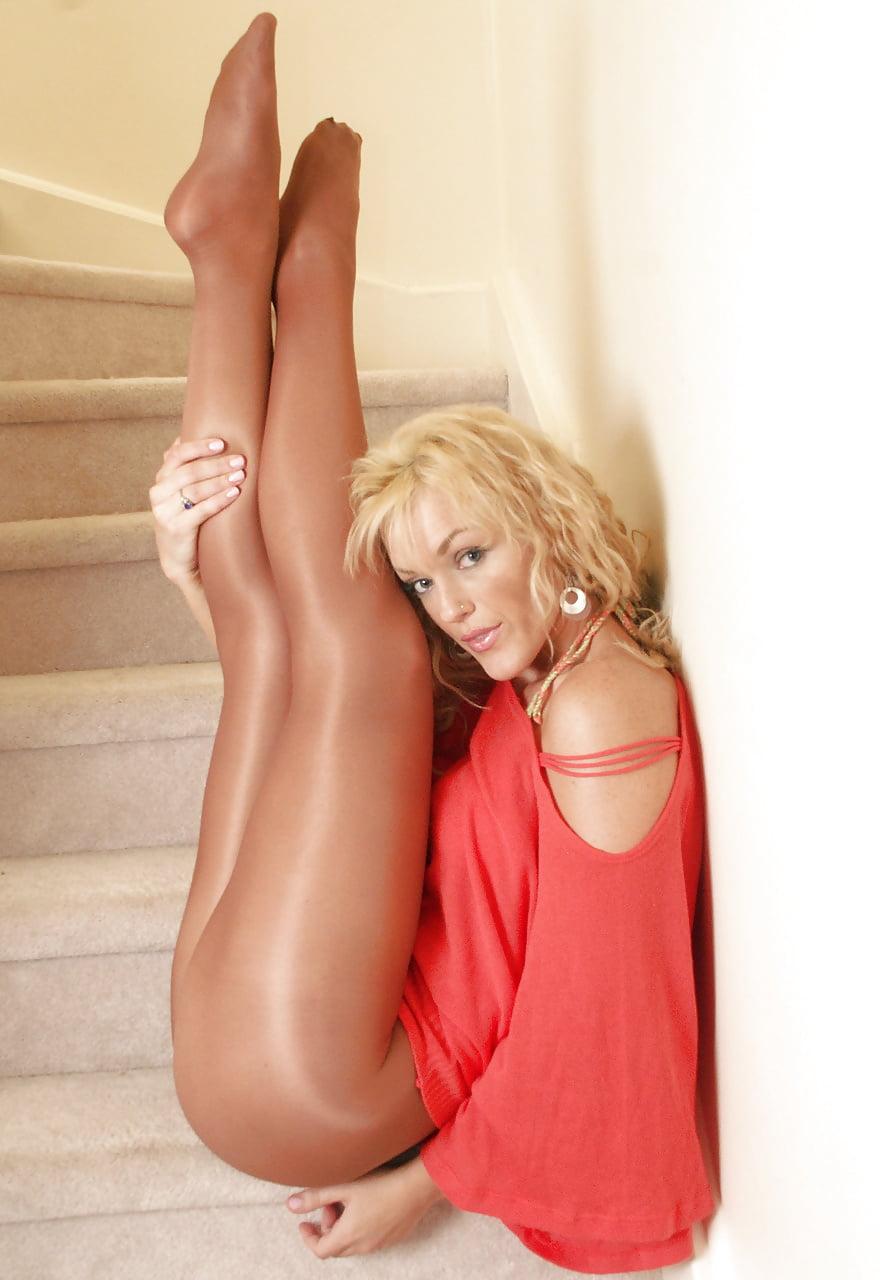 Erotic babe galleries