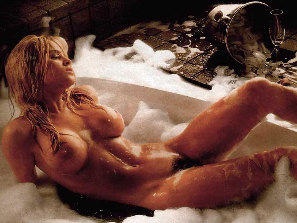 porn-pics-jenny-mccarthy-naked-sex-scene-lesbian-dildo-sex