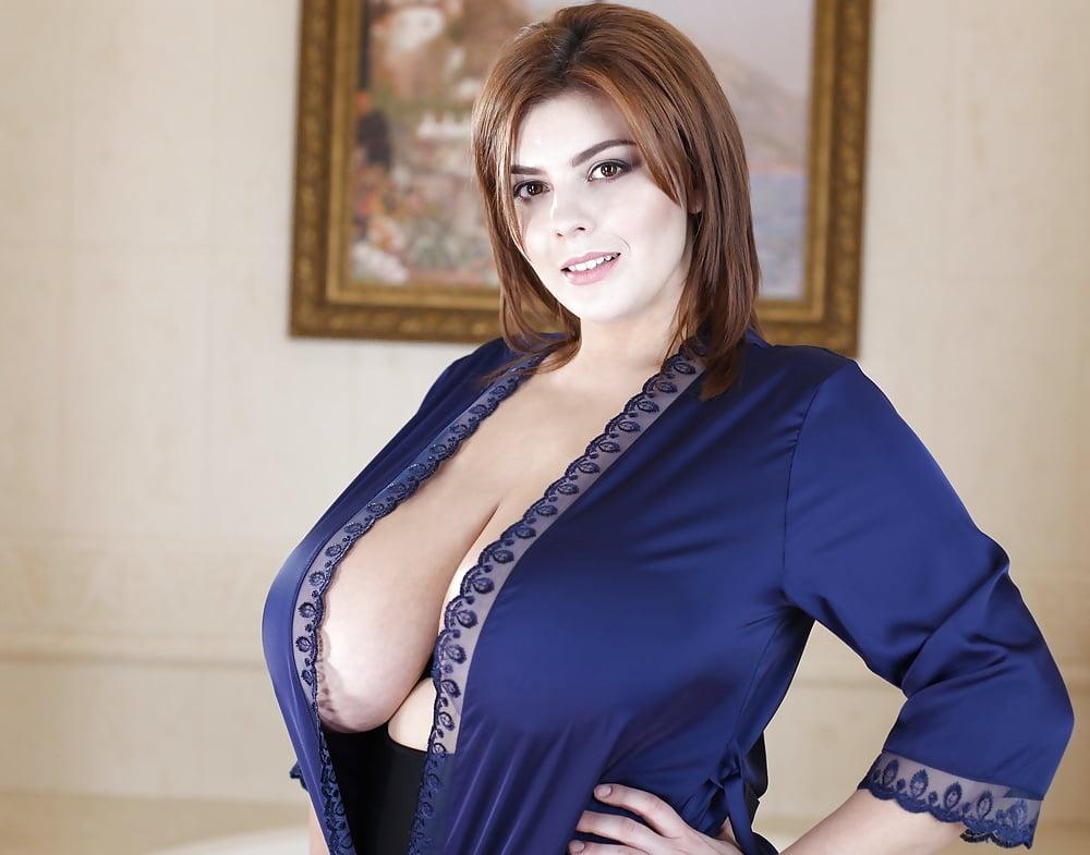 Robe boobs, naked asian girls porn
