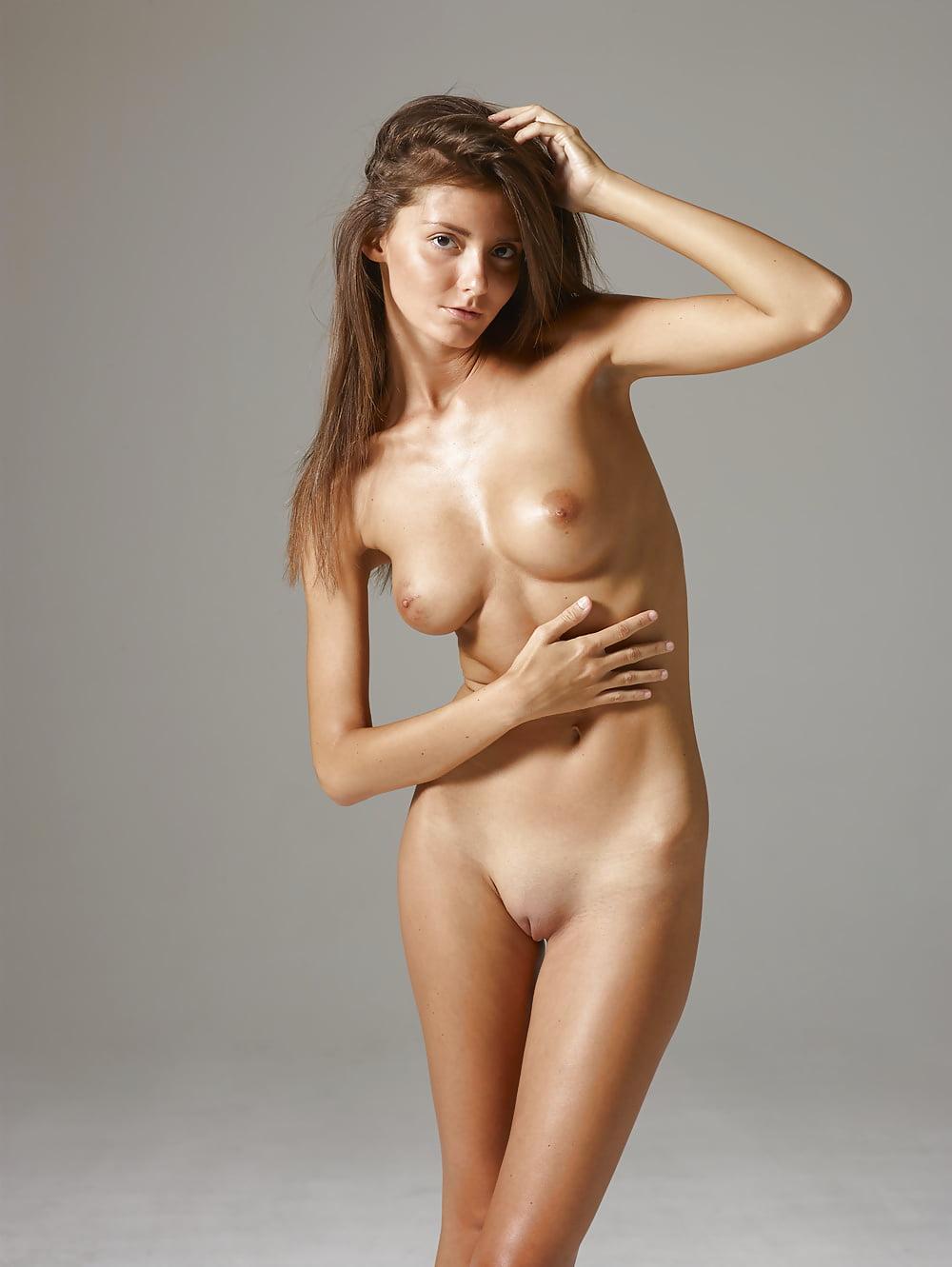 Melinda nude xxx, italy porn nute