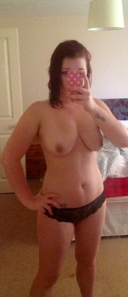 Sexy Amateur Redhead Babe - 79 Pics