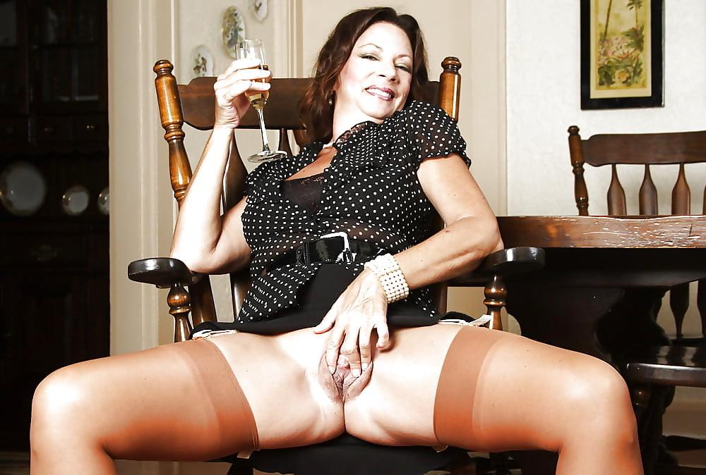 Mature sexy women enima — photo 9