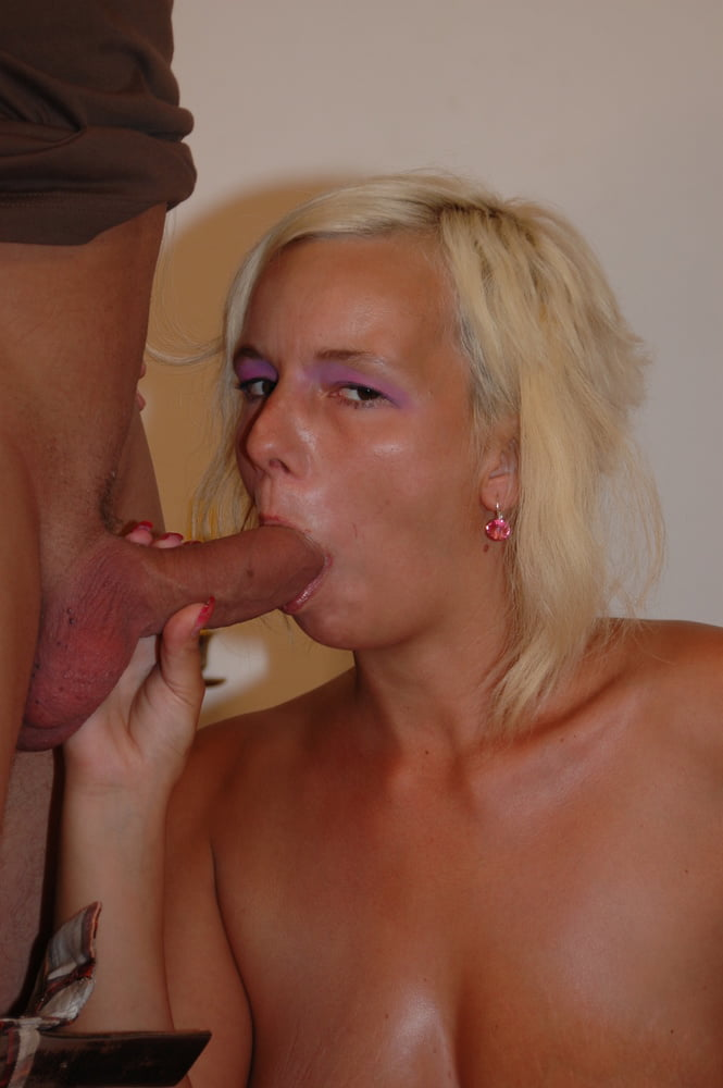 Curvy Cougar with Hairy Pussy Rough Fuck by Big Dick Guy - 21 Pics