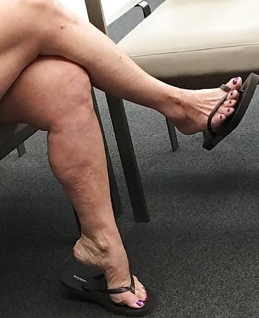 Granny footjob legs galleries