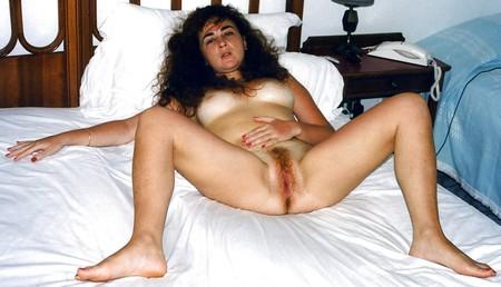 amateur hairy milf mature high heels stockings spread legs