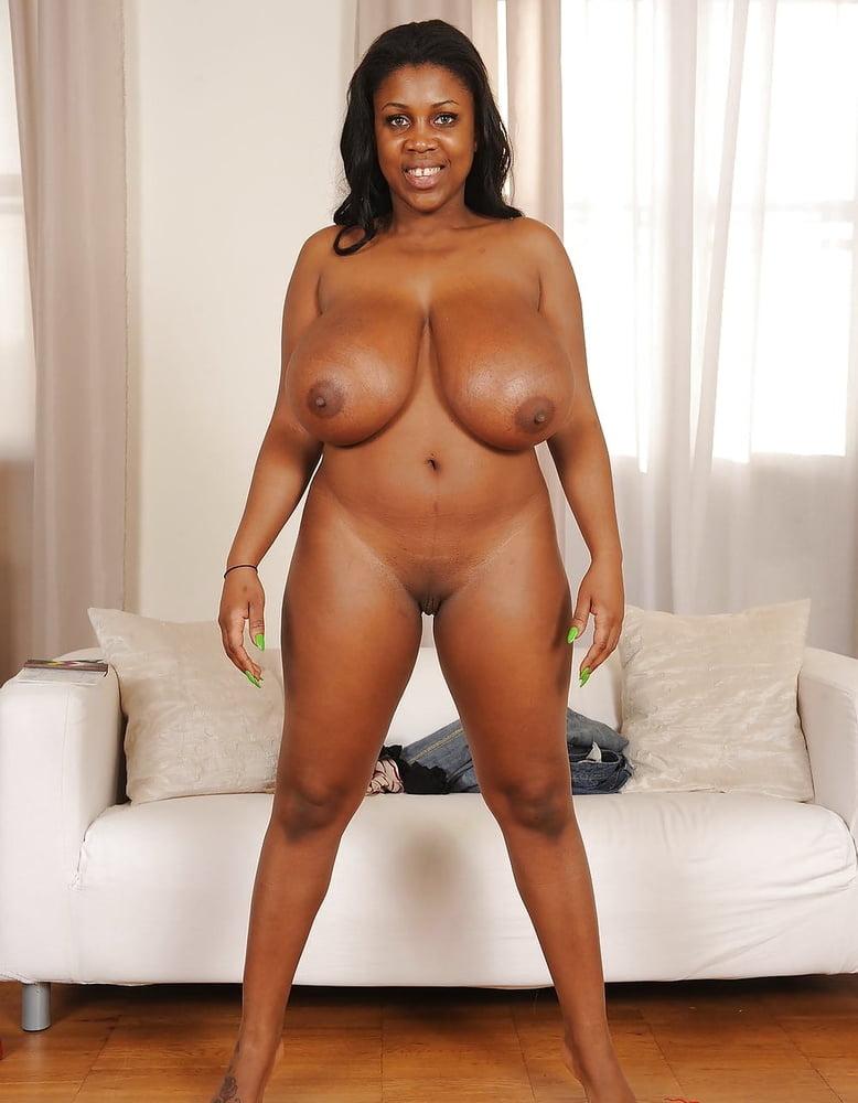 Kellita smith has ever posed nude amerikan