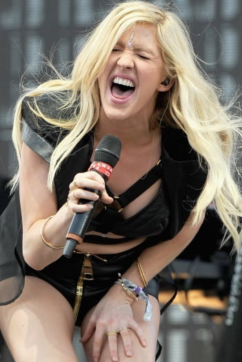 Ellie goulding confesses i thought i had big nose, weird hair and an odd voice